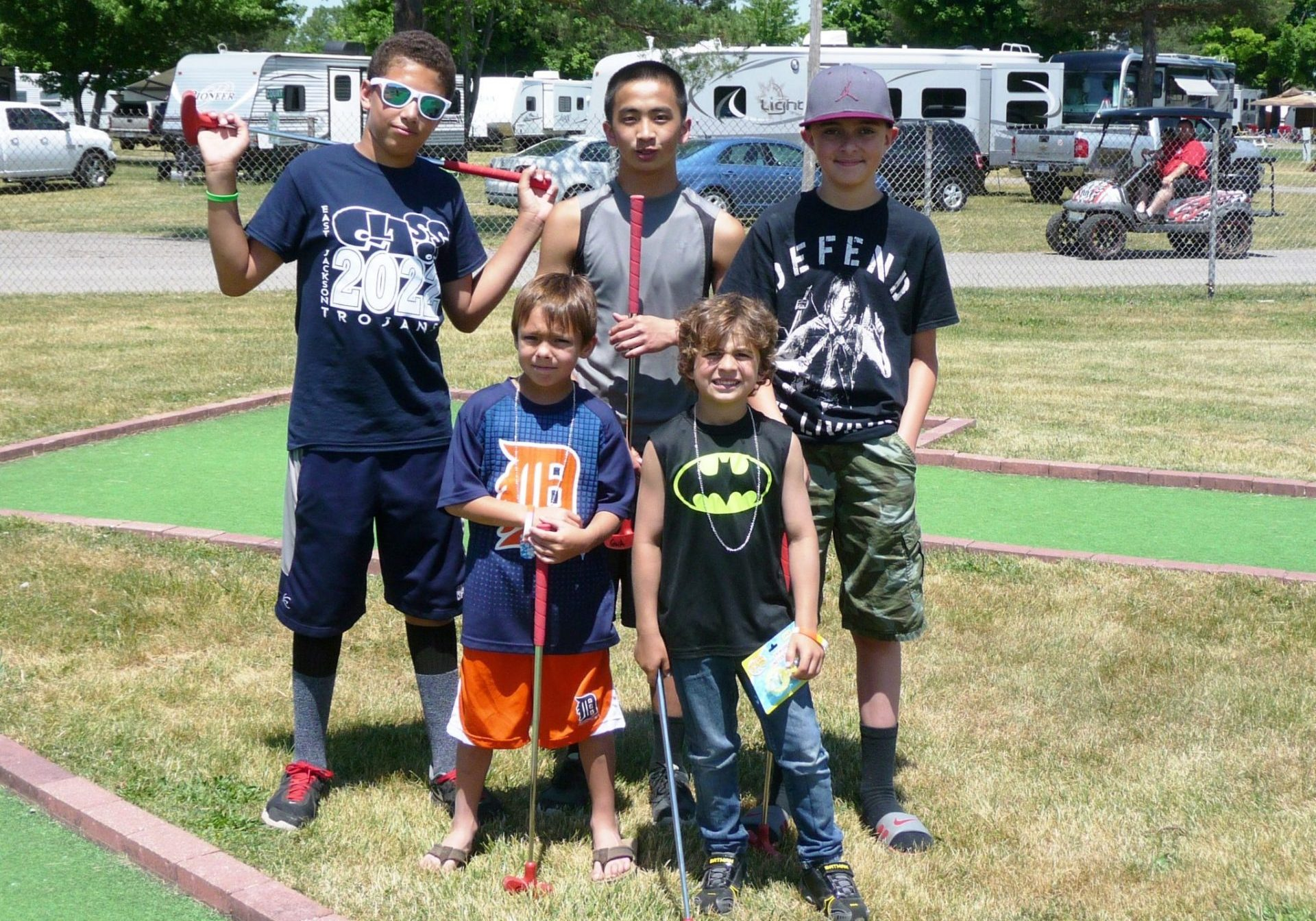 Mini Golf players